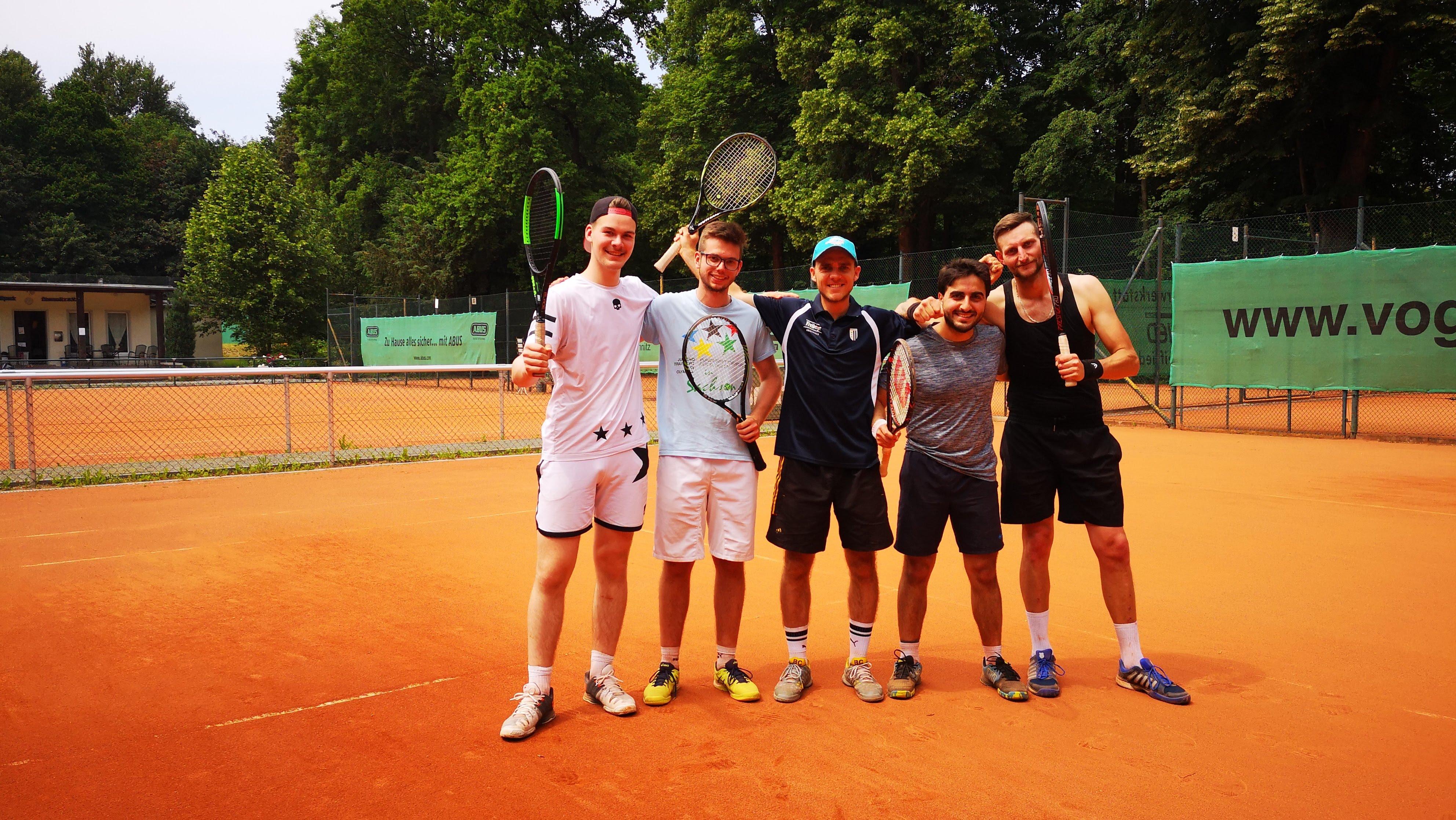 Tennisherren beenden erfolgreiche Saison auf Rang 4